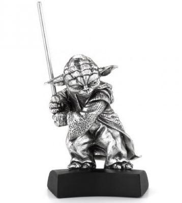 Yoda Figurine Royal Selangor -front-Kiozwi