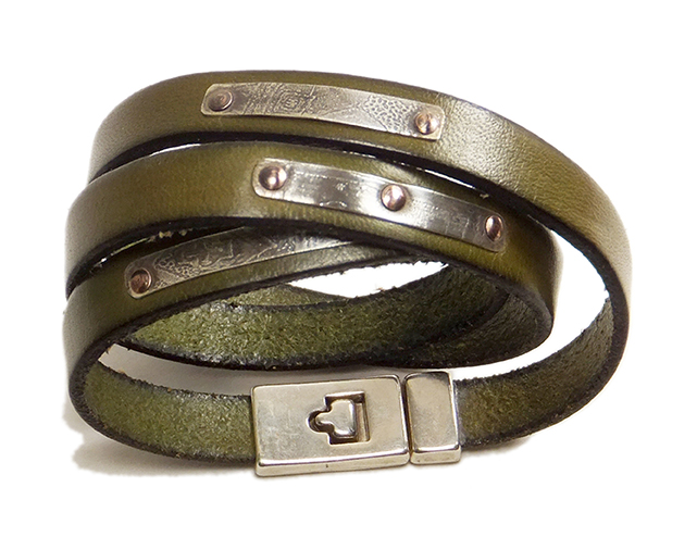 leatherwraparoundbraceletgreenwhite72.jpg