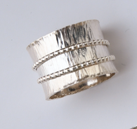 "Sterling silver wide band ""spinner"" ring with two spinning bands size 9 1/2"