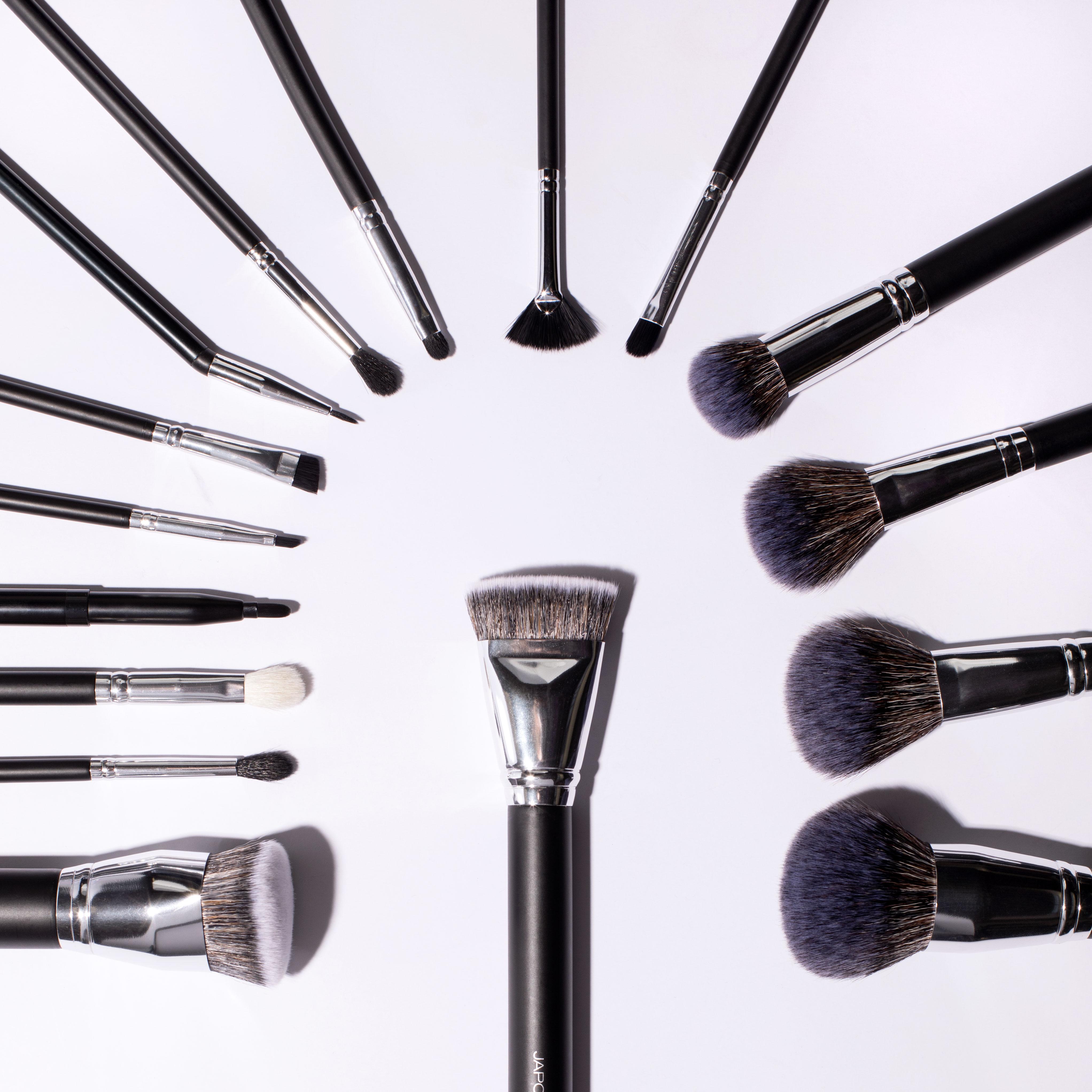 jp-180115-brushes-1.jpg