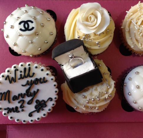 Cupcake Proposal! - Rachel - 2016