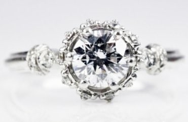 Vintage style ring diamond