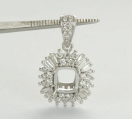 Cushion Cut 18k Gold Natural Diamond Pendant