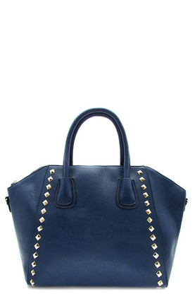 Zipper top closure Textured faux leather Inside lining with zipper pocket 16 inch shoulder strap 18 (W) x 6 (D) x 11 (H) inches