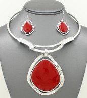 Red Stone Pendant Hard Chain Collar Necklace Set