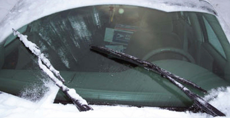 How To Get Ice Off Of Windshield >> Winter Freezes EVERYTHING – Even Your Wiper Blades ...