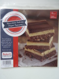 """Pre-Cut Baking Paper 8"""" Squares - pack of 25"""