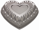 Wilton Dimensions Crown of Hearts Pan