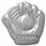 Wilton Baseball Mitt Pan