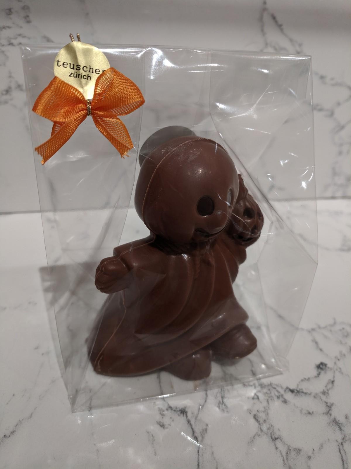 003.1-ghost-in-cello-milk-chocolate.jpg