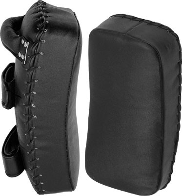 Curved design for catching punches.Open fingers and vented hand compartments.All leather construction.