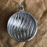 Ornament Bowl Swirl