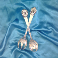 Queen Anne Salad Servers