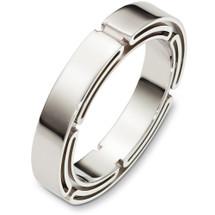 4.5mm Link Style 14 Karat White Gold Wedding Band Ring