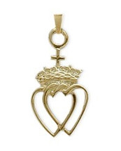 10 Karat Yellow Gold Celtic Crowned Heart Pendant