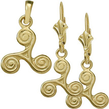 10 Karat Yellow Gold Celtic Triskele Earrings & Pendant Set with chain