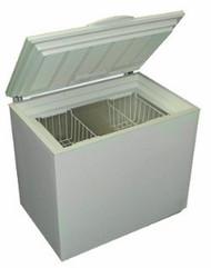 SunDanzer DCR165 Solar Refrigerator