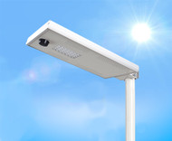 2500 Lumen Solar Street Light / Parking Lot Light – 20 Watt LED