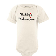 "Super Cute ""Daddy's Valentine"" Valentine's Day Adorable Baby Short Sleeve Bodysuit"