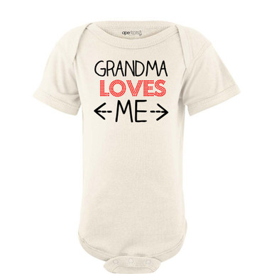 Grandma Loves Me Adorable Short Sleeve Baby Bodysuit