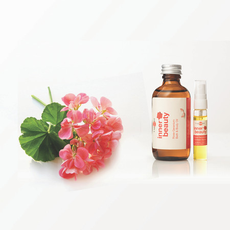 Pure Geranium Inner Beauty Bath & Body Oil can be used in or after bath, applied directly on skin, hair & face, for use in massage and used for refilling your refresher spray for the T Spheres set.