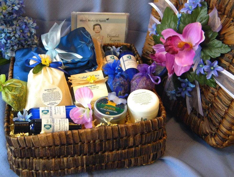 Spa gift baskets birthday get well sympathy thank you balacbac custom spa gift baskets negle Gallery