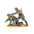 GW010 German NCO Rallying Panicked Soldier - 62nd Infantry Division by First Legion