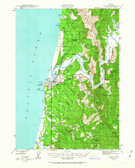 Bandon, Oregon 1943 (1963a) USGS Old Topo Map 15x15 OR Quad