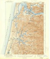 Reedsport, Oregon 1923 (1942) USGS Old Topo Map 15x15 OR Quad