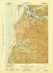 Reedsport, Oregon 1942 (1942) USGS Old Topo Map 15x15 OR Quad