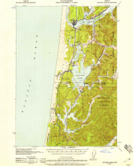 Siltcoos Lake, Oregon 1941 (1958) USGS Old Topo Map 15x15 OR Quad