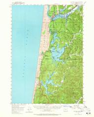 Siltcoos Lake, Oregon 1956 (1965) USGS Old Topo Map 15x15 OR Quad