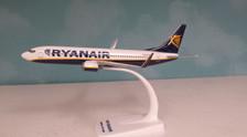 609395 | Herpa Snap-Fit (Wooster) 1:200 | Boeing 737-800 Ryanair EI-ENX