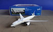 523837   Herpa Wings 1:500   Boeing 787-8 United Airlines N20904