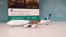 PH04035 | Phoenix 1:400 | Boeing 747-400 Air New Zealand ZK-NBV, 'Lord of the Rings'