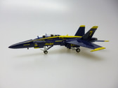 HG7976 | Hogan Die-cast 1:200 | Boeing F/A-18 Hornet US Navy 'Blue Angels' #7