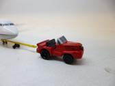 SC232 | Sky Classics Airport Vehicles 1:200 | Aircraft Tug & Tow Bar Dan-Air London (red)