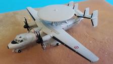 556675 | Herpa Wings 1:200 | Grumman E-2C Hawkeye French Navy 4 Flotille 165456-FR-2 (die-cast)