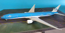 IF77730415 | InFlight200 1:200 | Boeing 777-300ER KLM PH-BVN