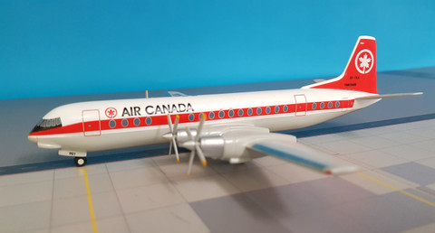 HP267 | Sky Classics 1:200 | Vickers Vanguard Air Canada CF