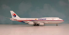 JF-747-4-021 | JFox Models 1:200 | Boeing 747-400 Malaysia 9M-MHL, 'Visit Malaysia' (with stand)
