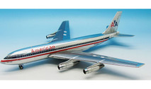 IF7200116P | InFlight200 1:200 | Boeing 720 American Airlines N7543A (polished, with stand)