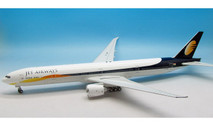 IF77730416 | InFlight200 1:200 | Boeing 777-300ER Jet Airways VT-JEM (with stand)