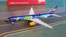 562539 | Herpa Wings 1:400 | Boeing 757-200 Icelandair TF-FIU, 'Hekla Aurora'