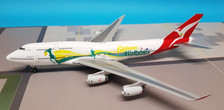 XX2230 | JC Wings 1:200 | Boeing 747-400 Qantas VH-OJO, 'Wallabies' (with stand)