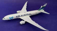IF7870616 | InFlight200 1:200 | Boeing 787-8 Air Austral F-OLRC (with stand)