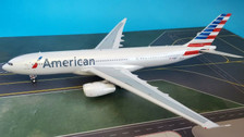 IF3320916 | InFlight200 1:200 | Airbus A330-200 American Airlines N280AY (with stand)