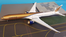 IF77720217 | InFlight200 1:200 | Boeing 777-300ER Gulf Air VT-JEH (with stand)