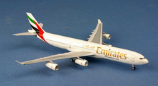 AC1499 | Aero Classics 1:400 | Airbus A340-300 Emirates A6-ERP