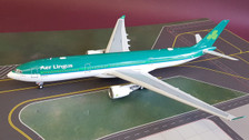 ARD2043 | 1:200 | Airbus A330-300 Aer Lingus EI-EAV (with stand)